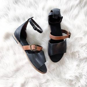 Gee WaWa Ankle Strap Gladiator Leather Sandals